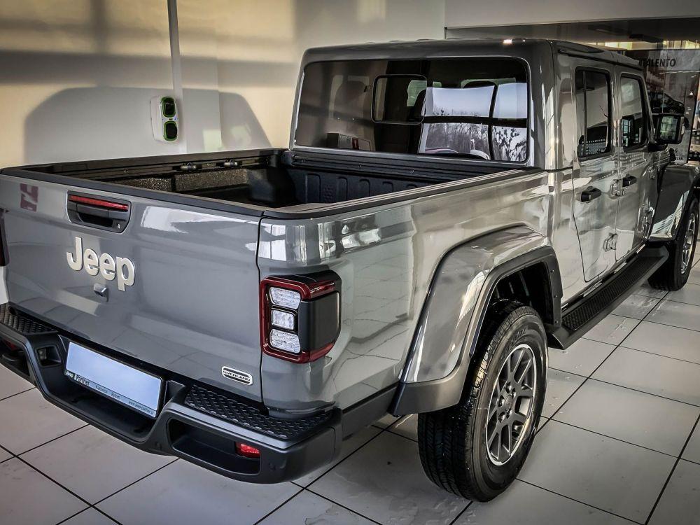 Jeep Gladiator Overland V6 3,0